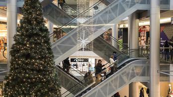 Szétszedték a boltokat a karácsony előtti hétvégén