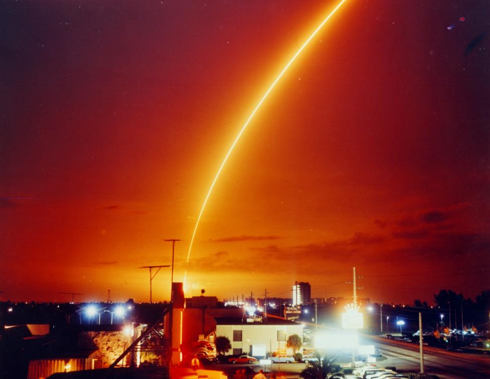 Egy hősi korszak végét jelzi az Apollo-17  Floridát nappali fényben fürösztő csóvája.