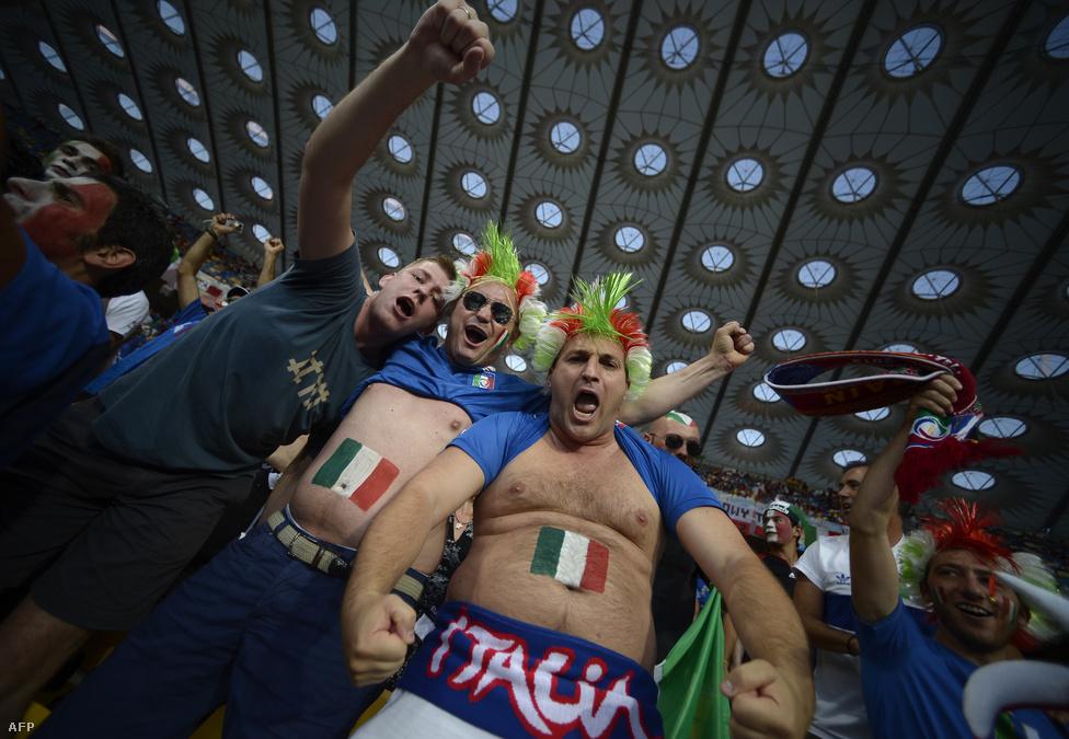 Olasz szurkolók.