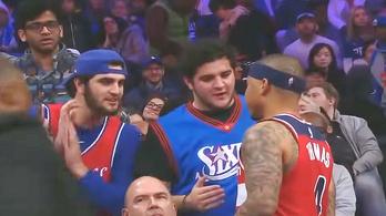 Ajándék jégkrém miatt szidták a sztárkosarast az NBA-ben