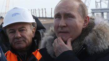 Putyin személyesen avatta fel a Krími híd vasúti közlekedését