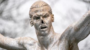 Lefűrészelték az Ibrahimovic-szobor orrát