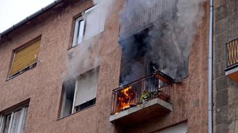 Karácsonyi időszak: kétnaponta meghal valaki lakástűzben