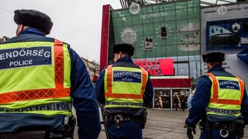 Bruttó 500 ezer forintos jutalmat kaphatnak a rendőrök