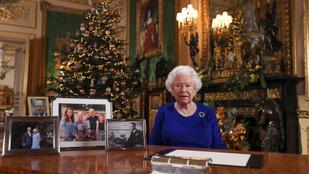 A brit királynőnek 8 unokája van, de mindenki csak Harryt hiányolja a karácsonyi képről