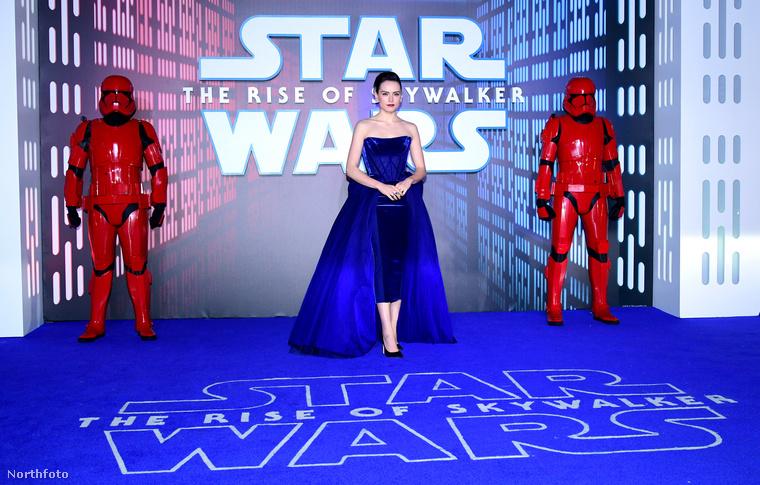 9+2 mozifilmből álló Csillagok háborúja sztorija is idén zárult le egy befejező filmmel 42 év után
