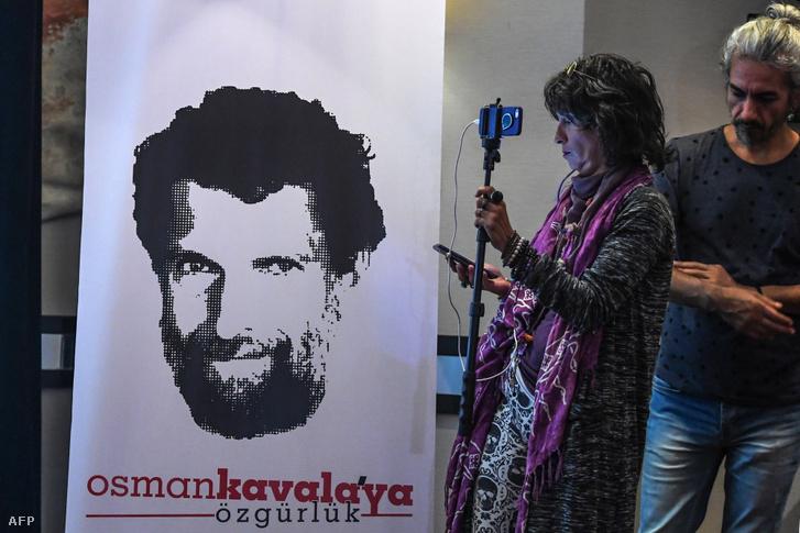 Újságírók egy 2018-as sajtókonferencián, amit Kavala ügyvédjei hívtak össze