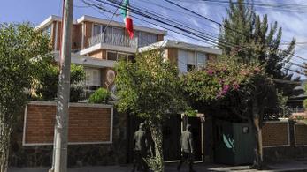 Bolívia Mexikóban keresi a Morales-kormány körözött tagjait