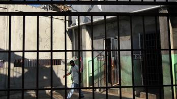 Mi várhat a magyarokra a dominikai börtönben?