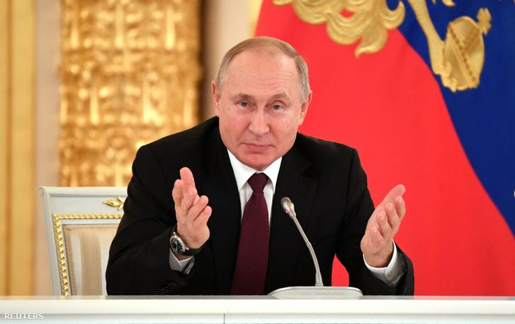 Putyin az orosz üzleti elittel való december 25-i találkozóján is hosszan beszélt a második világháborúért való történelmi felelősségről.