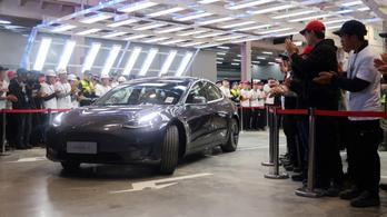 Legurult a futószalagról az első Kínában gyártott Tesla