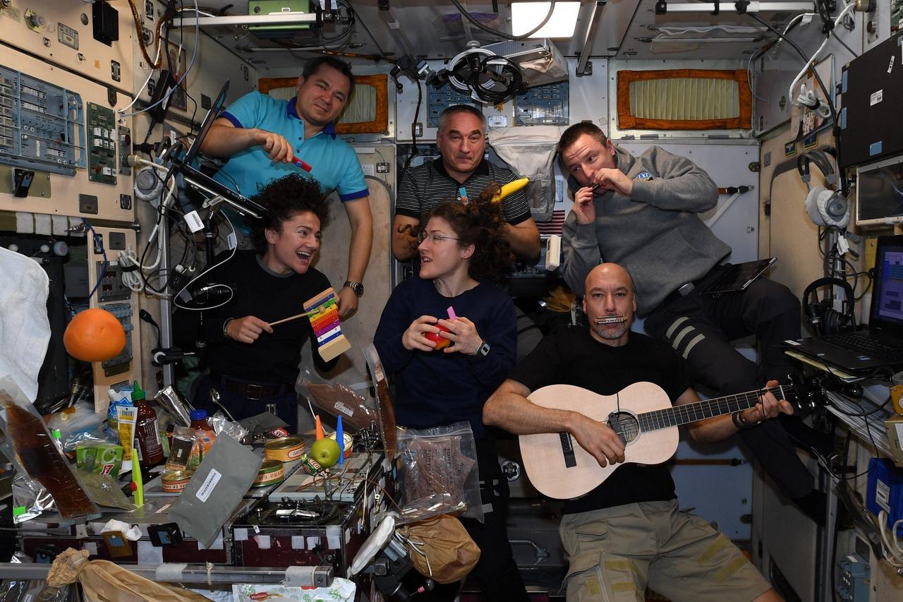 Derűs percek az ISS-en