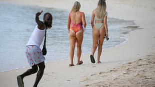 Moziból, tévéből, Youtube-ról ismerős sztárokat és milliárdosokat találtak a paparazzók most Barbadoson