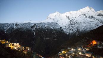 Tömegesen áradhatnak ki a Himalája tavai a klímaváltozás miatt