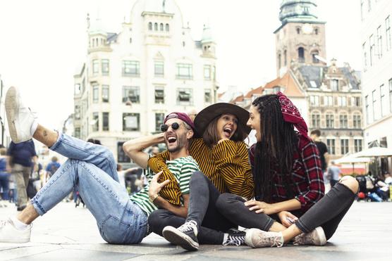 randevú dán ember nézni terhes és randi online ingyen