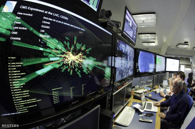 Nyalábütköztetésen dolgoznak az LHC-ben 2011. december 13-án