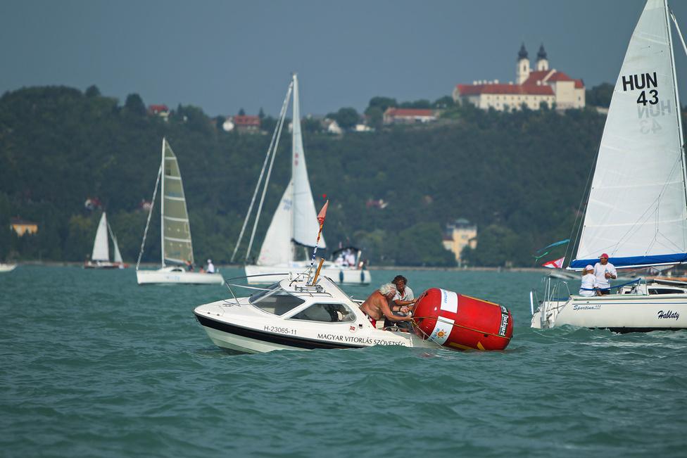 Európa legrégebbi és legnagyobb tókerülő versenyét 1934-ben rendezték meg először.