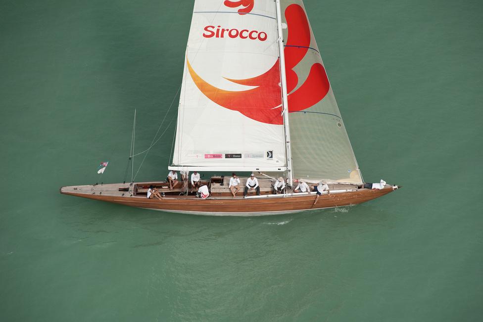 A Sirocco 75-s cirkáló a legnagyobb klasszikus hajótípus a tavon. Társa a Nemere II. tartotta eddig a Kékszlag csúcsot.