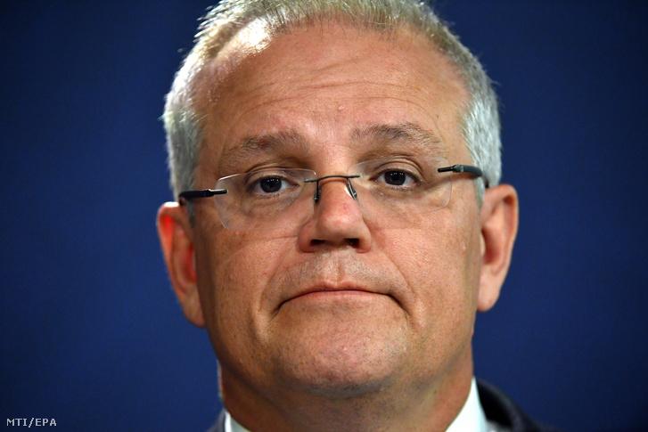 Scott Morrison ausztrál miniszterelnök sajtóértekezletet tart Sydneyben 2020. január 2-án.