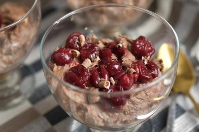 Csupa csoki lúdláb pohárban: elegáns, de nagyon egyszerű desszert