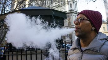 Amerikában betiltják az ízesített e-cigiket