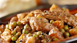 Lassú felszívódású változatban még finomabb: zöldborsós csirkebrassói vajas, főtt burgonyával
