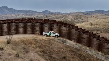 Az USA megkezdte a menedékkérők visszafordítását Arizonában