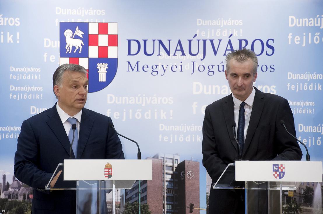 Orbán Viktor és Cserna Gábor Dunaújvárosban 2016. május 31-én