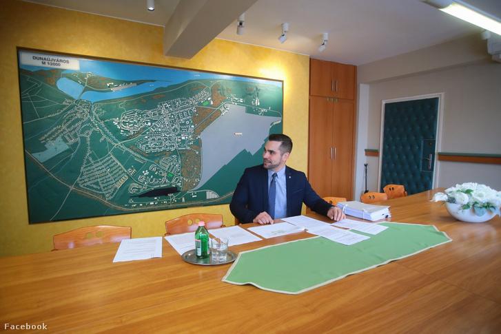 Pintér Tamás a dunaújvárosi kabinetülésen 2020. január 3-án
