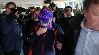 Tele volt sérülésekkel az a lány, aki a ciprusi hatóságok szerint önként volt 12 férfival