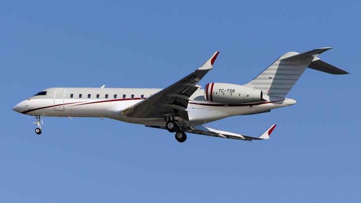 Carlos Ghosn szökéséhez köthető repülőgépek egyike