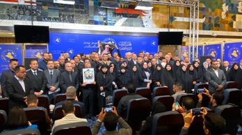 Az iraki parlament a külföldi erők kivonulását követeli