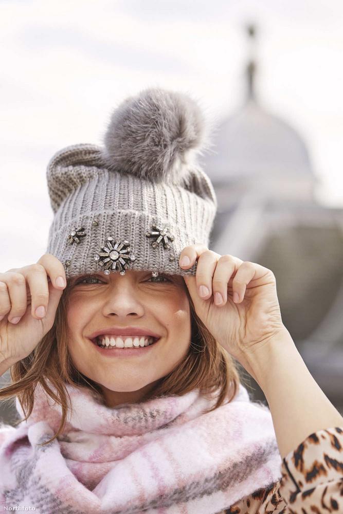 Bár havat nemcsak idén, tavaly sem nagyon láttunk, Palvin Barbara már készül a fagyos időre