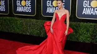 Scarlett Johansson köldökig dekoltált ruhája mindenki mást kispadra küldött
