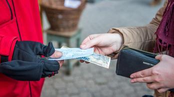 365 ezer forintra nőtt őszre az átlagkereset