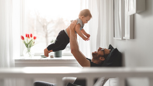 Apukák otthon a baba mellett. Mit gondolsz?