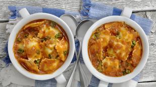 Ha valami olaszosat ennél, pizza helyett próbáld ki a raviolilevest!
