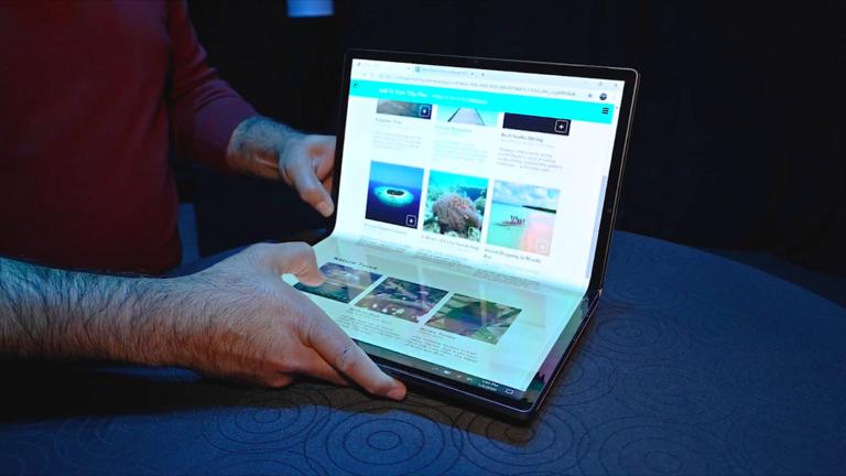 A laptop már csak egy hajlított kijelző