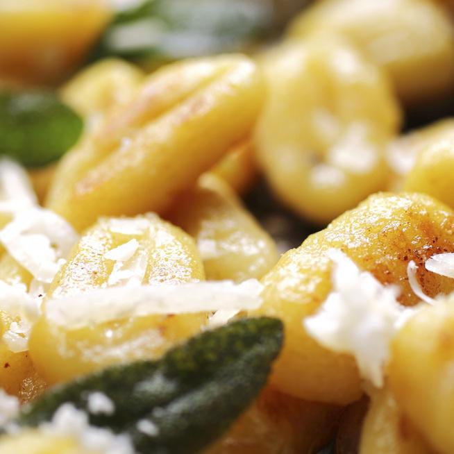 Vajon pirítva is isteni a gnocchi – Parmezán és fokhagyma gazdagítja az ízét