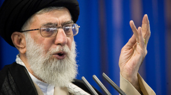 Hamenei: Arcul csaptuk őket