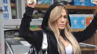 Oscar-esélyes filmje miatt bukhat 40 milliót Jennifer Lopez