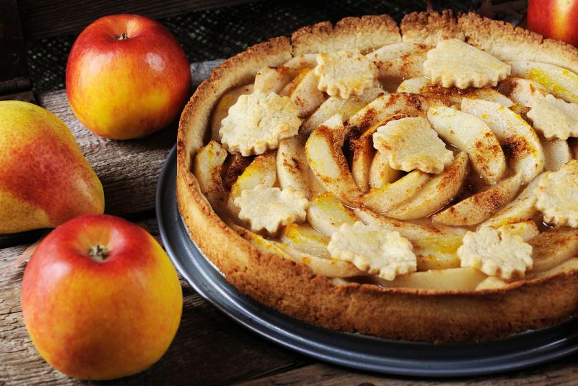 Almás-körtés pite omlós vajas tésztából: így bámulatosan szép lesz