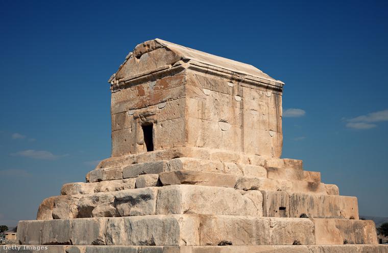 Paszargadai − Ókori perzsa város volt a Zagrosz-hegységben, Siráztól északkeletre