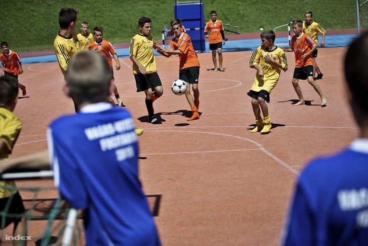 Vasas Kubala Lászlóról elnevezett akadémiájának focitábora 2015 nyarán