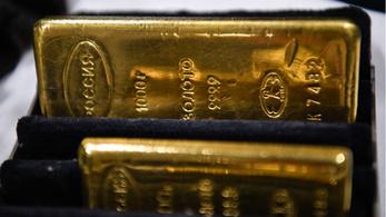 Tavaly elkezdtek aranytömböket venni a magyarok