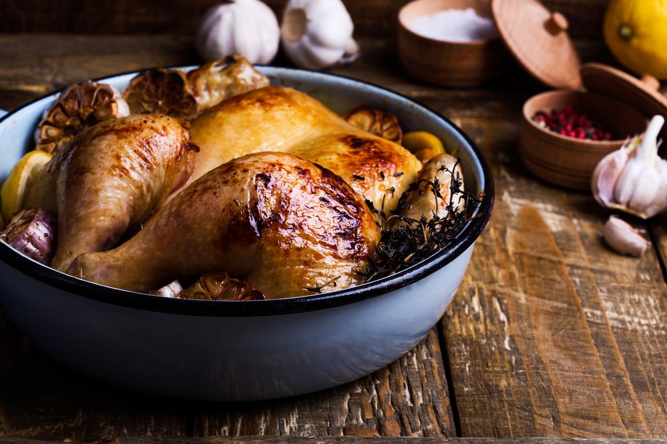 fokhagymas-kakukkfuves-csirkemell