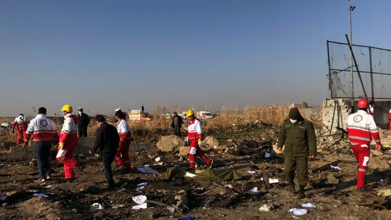 Még a levegőben kigyulladt, visszafordult és leszállásra készült az ukrán utasszállító