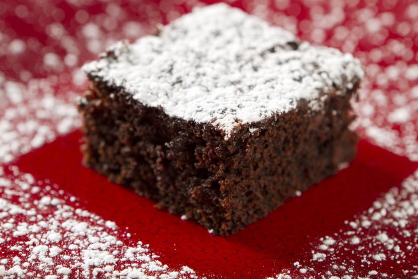 Gyömbéres-kakaós kevert süti: bögrével is kimérheted a hozzávalókat