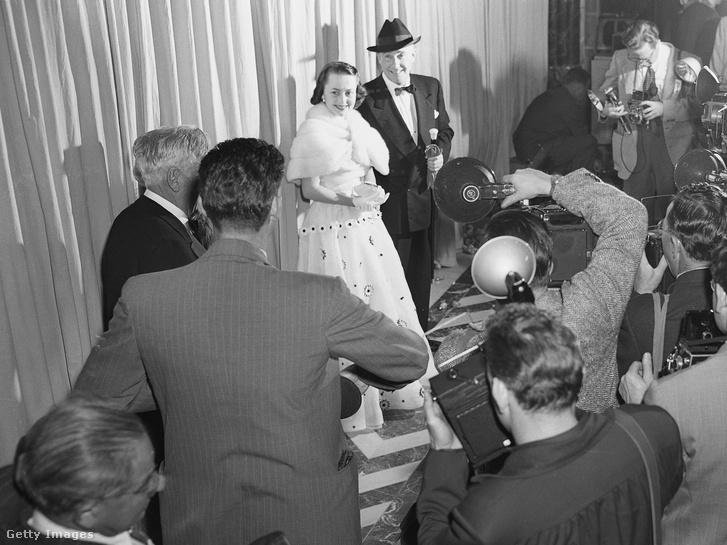 Olivia De Havilland és Marcus Goodrich (1950)
