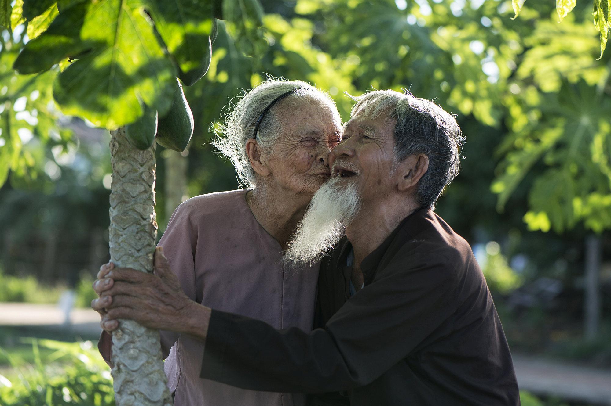 randevú idősebb keresztény ember